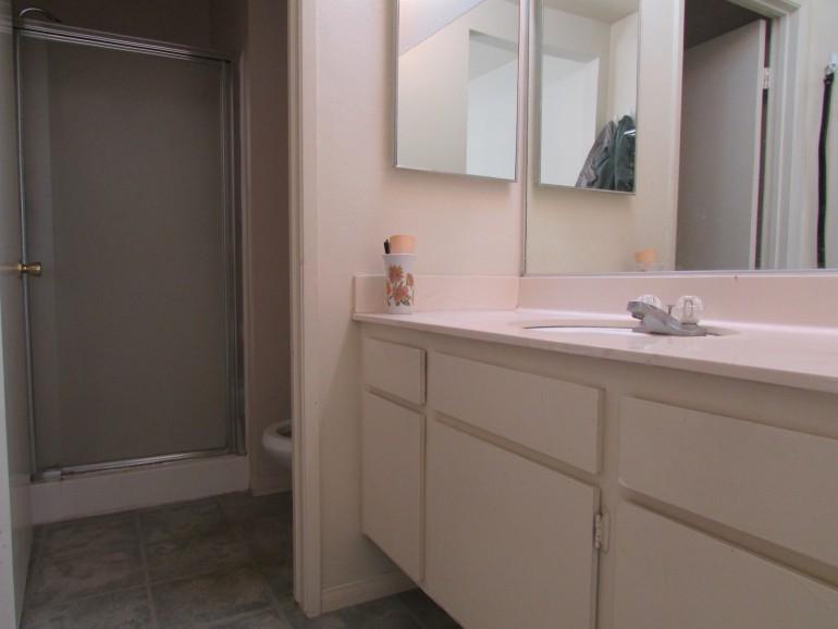 016_014_Master Bathroom
